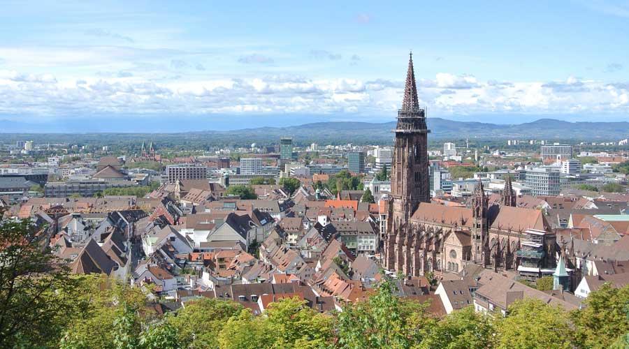 Veranstaltungstechnik Freiburg im Breisgau | Licht und Tontechnik mieten | McAudio.ONE
